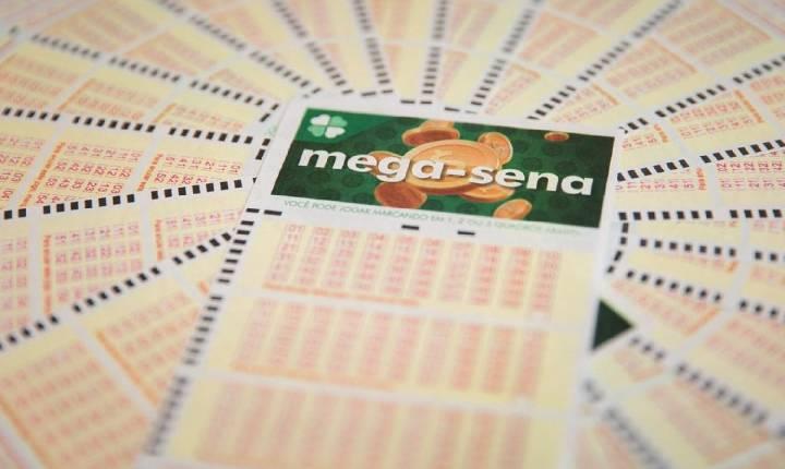 Mega-Sena pode pagar R$ 100 milhões neste sábado