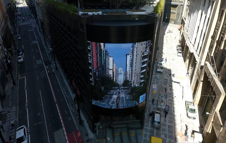 Arte no centro de SP: painel traz imagens de pontos turísticos do Brasil