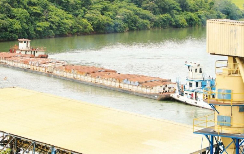 Seca ameaça escoamento de grãos de Goiás por hidrovia
