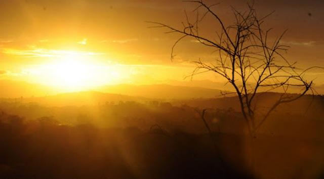 Alerta de grande perigo é emitido sobre umidade que deve ficar abaixo de 12% na região Sul de Goiás